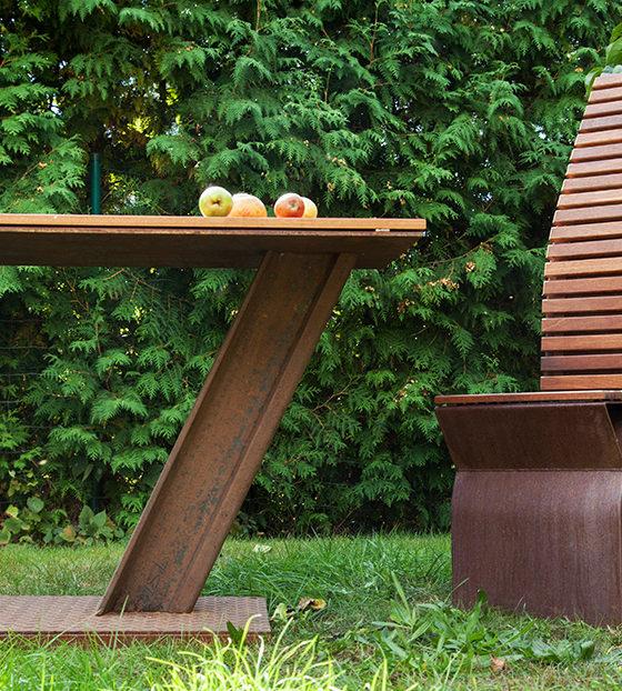 tisch und stuhl f r den garten 2016 refined. Black Bedroom Furniture Sets. Home Design Ideas